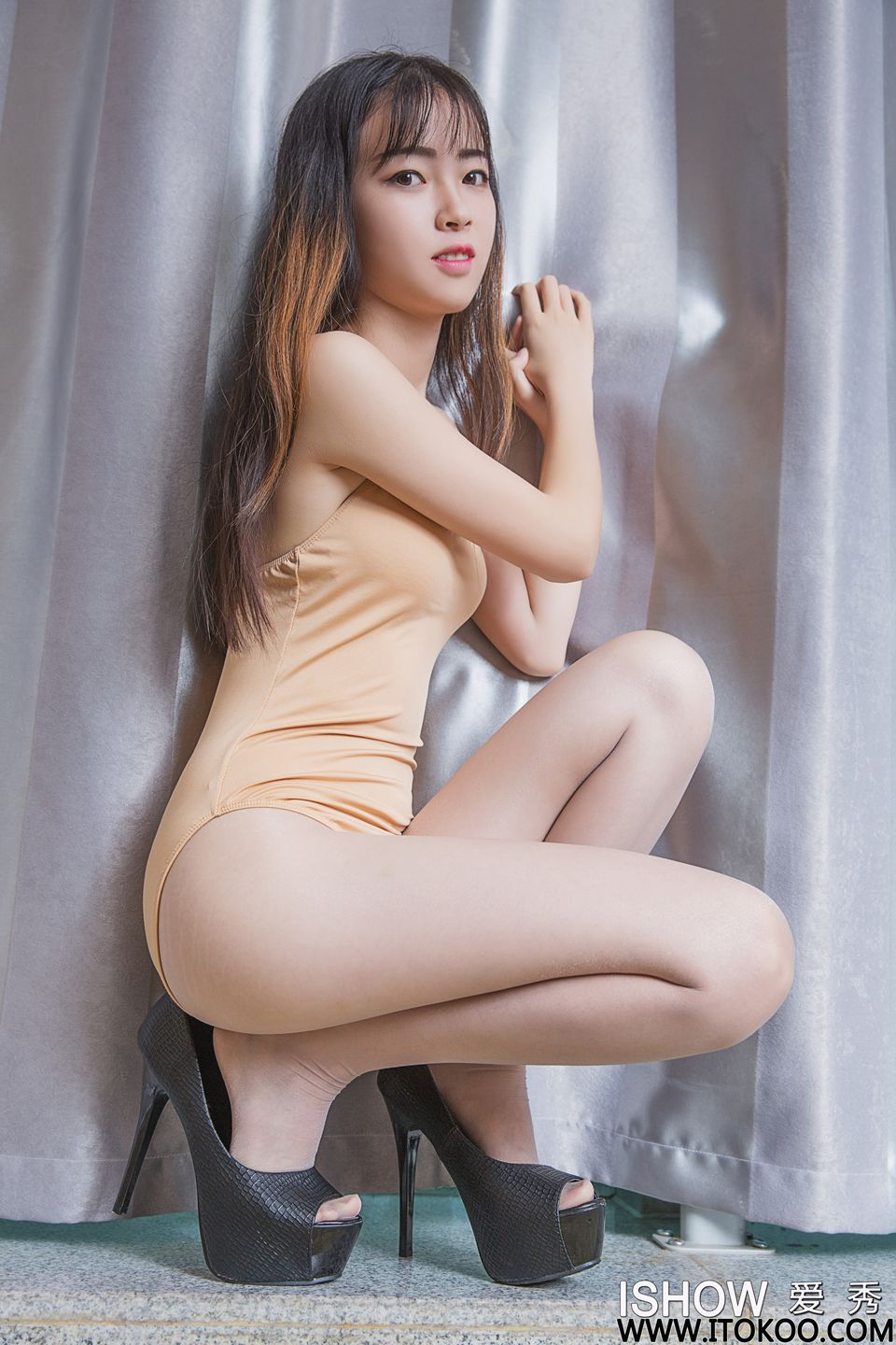 [IShow]爱秀 No.073 杨若心Young
